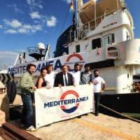 Migranti, la nave