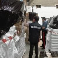 Palermo, sacchetti di plastica non regolari: sequestrate 24 tonnellate