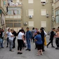 Palermo, a Ciaculli rifiuti e topi in strada: protesta dei residenti