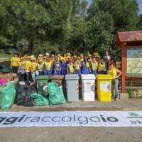 Palermo: #oggiraccolgoio, così duecento studenti hanno pulito Monte Pellegrino