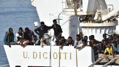 Diciotti, nessun reato a Lampedusa  ma i pm valutano cosa accadde a Catania