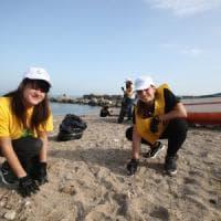 #oggiraccolgoio: in cento alla Bandita per salvare la spiaggia di Palermo