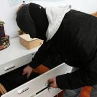 Agrigento, anziani sequestrati in casa: rubati soldi e gioielli