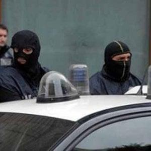 Distribuzione Farmaci Cerco Lavoro.Mafia Otto Arresti A Messina Per La Distribuzione Dei Farmaci