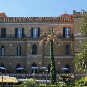 """Palermo, scuole chiuse e parcheggi proibiti nella """"zona rossa"""" della conferenza sulla Libia"""
