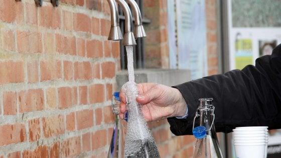 Palermo: torna l'acqua dopo lo stop, ma alcune case restano con i rubinetti a secco