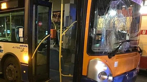"""Palermo: pedone travolto, sequestrata la """"scatola nera"""" dell'autobus"""