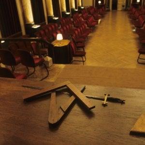 La legge sulla massoneria in Sicilia, due deputati ricorrono alla Consulta