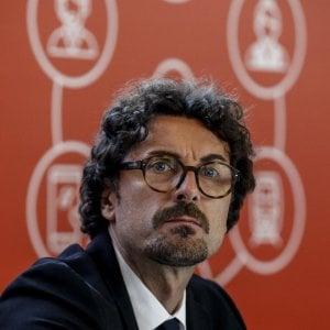 """Agrigento, sopralluogo di Toninelli ai cantieri Rfi e Anas: """"Sicilia da terzo mondo"""""""