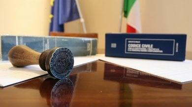 Rep  :   Palermo: notai, dentisti, dietologi In città è allarme falsi professionisti