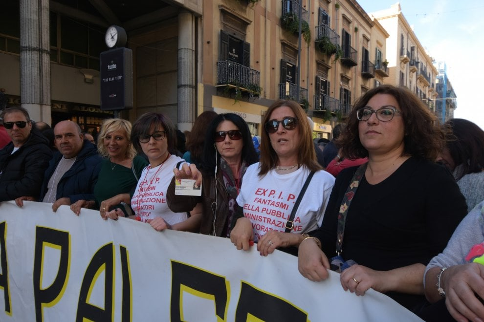 Palermo, traffico paralizzato per lo sciopero dei Pip