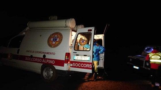 Speleologa cade in una grotta di 100 metri: nel Palermitano si cerca di recuperarla
