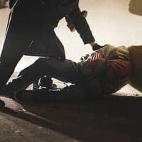 Palermo, notte di paura in pieno centro: un venditore di rose aggredito