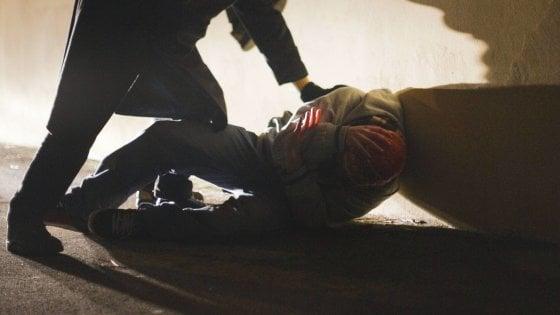 Palermo, ancora un'aggressione razzista: pestato a sangue un ventenne libico