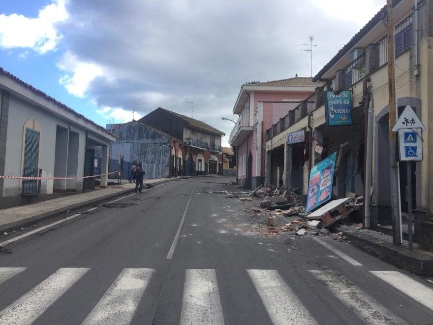 Terremoto Catania: le immagini da Fleri, distrutta dal ...
