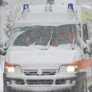 Neve in Sicilia, l'ambulanza si blocca: muore anziana