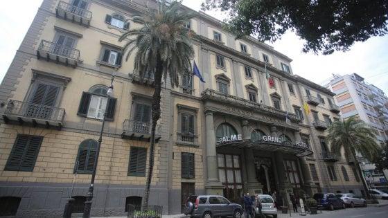 Palermo, chiude per ristrutturazione l'Hotel delle Palme: licenziati i dipendenti
