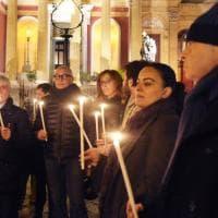 Palermo, raduno in piazza per condannare l'omicidio del sindaco di Danzica