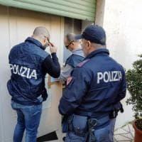 Palermo, sequestrata casa d'appuntamenti: c'era il transfert per l'aeroporto