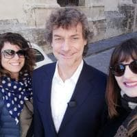 Selfie e autografi per Alberto Angela a Modica e a Noto
