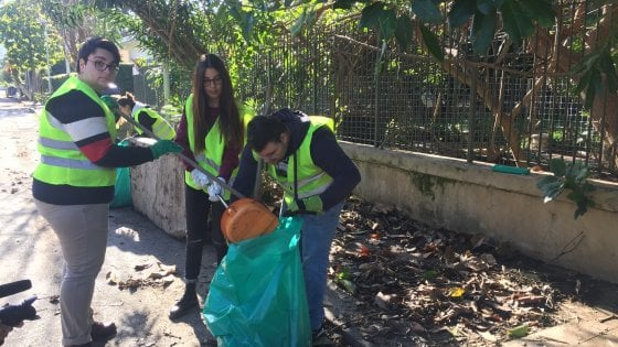 "Palermo, i ""gilet verdi"" ripuliscono Partanna"