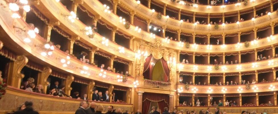 """La prima del Massimo:  la """"Turandot"""" multimediale riceve contestazioni e applausi"""