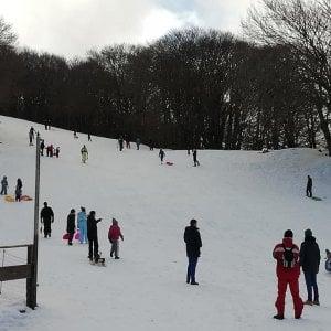 Piano Battaglia, dieci feriti sulla neve. E gli impianti sono ancora fermi