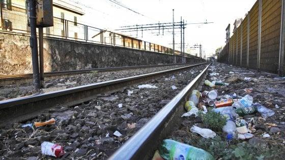 Ferrovie. Treni vecchi e costosi, ritardi record: la Sicilia è da terza classe