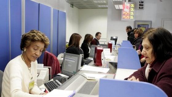 Agrigento, impiegato postale ruba dai conti correnti 573mila euro per pagare due estorsori