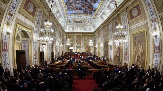 Ars, via libera alla Finanziaria: dai nuovi lidi ai contributi, tutte le norme approvate