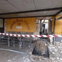 Palermo, esplosione in via Del Vespro: a fuoco un negozio di fiori
