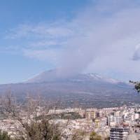 Cenere lavica dall'Etna, chiuso settore spazio aereo