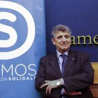 Migranti: Bartolo, il medico di Lampedusa, lascia Leu e aderisce a Demos