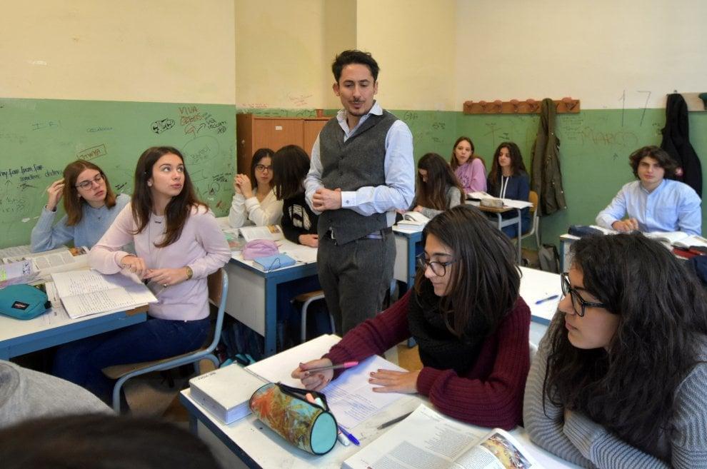 Il prof geniale: Smartphone e Kinder per l'Odissea: così i ragazzi si appassionano al greco