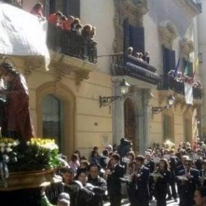 """Palermo, diktat del vescovo: """"Fuori dalle confraternite mafiosi, massoni e condannati"""""""