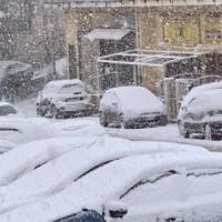 Maltempo, danni a Trapani e Palermo: divelto il tetto dal palasport di Paceco,