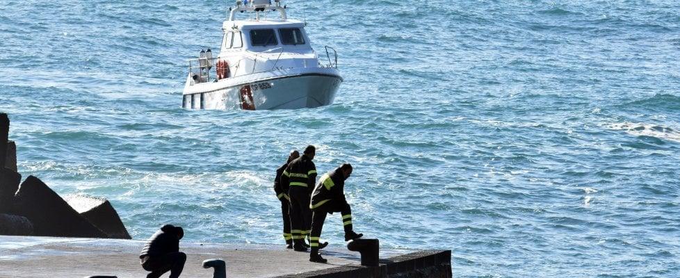 Acireale, trovati due corpi dalla guardia costiera. Proseguono le ricerche dell'altro disperso
