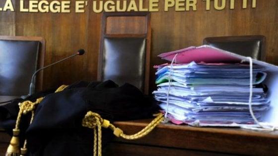 Palermo, evade dai domiciliari due volte in tre giorni: caccia a un giovane rapinatore