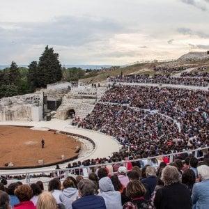 Siracusa, dalla Scala e dalla Comédie française per dirigere le tragedie