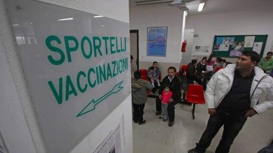 Palermo, stretta sui vaccini: bimbo escluso da un nido comunale