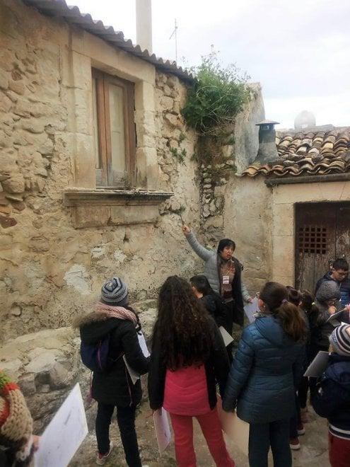 I bambini di Ispica diventano guide turistiche, giornalisti e videomaker