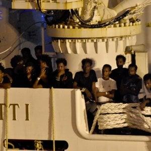 Catania, ok archiviazione caso Diciotti per Conte, Di Maio e Toninelli