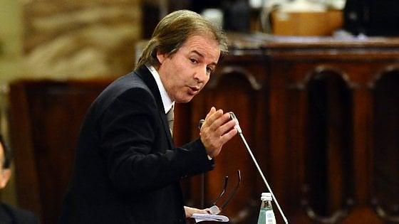 """Castelvetrano, l'ex deputato Lo Sciuto si vantava di conoscere Messina Denaro. L'intercettazione choc: """"Ci volevamo bene"""""""