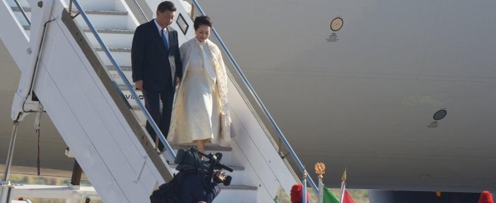 """Xi Jinping arriva a Palermo, iniziano le 19 ore del """"dragone"""""""