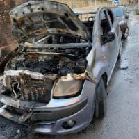 Palermo, bruciata l'auto alla militante di Libera. Pioggia di solidarietà da Orlando a Di...
