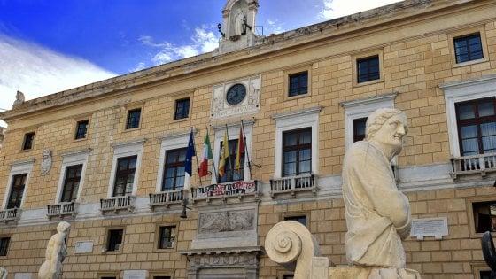 Palermo, weekend in Consiglio per il piano salva-Rap, ma è scontro sulla Tari