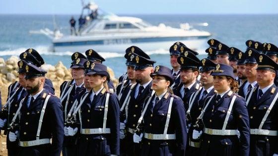 """Palermo, mille ragazzi alla festa della polizia. Il questore: """"A Brancaccio per dare un segnale ai giovani"""""""