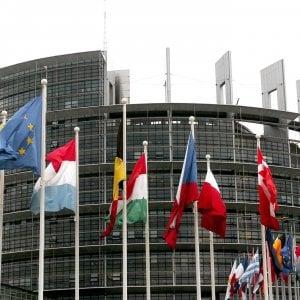Europee, il giorno delle liste: in Sicilia giochi fatti nel Pd e 5S, Forza Italia tratta ancora