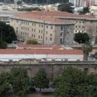 Palermo, trovati hashish e un telefonino dentro il carcere dell'Ucciardone