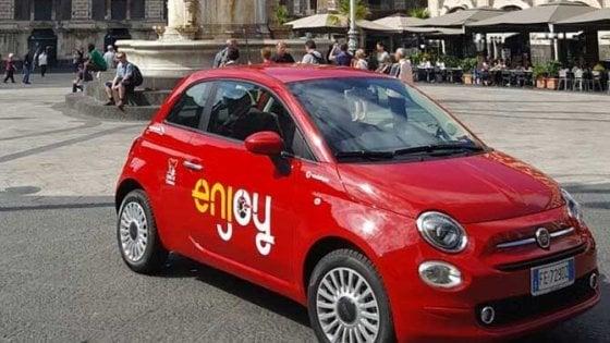 """Catania, la società del car sharing abbandona: """"Troppi"""